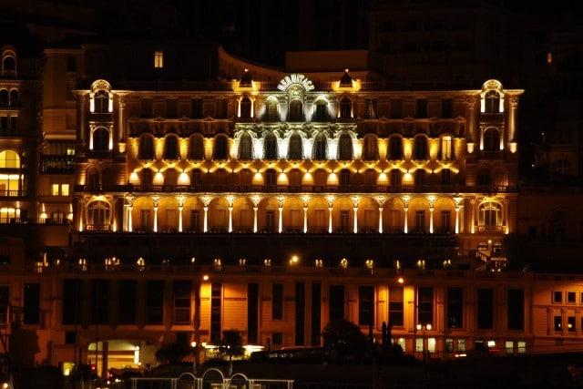 מלון הרמיטאז' במונקו בלילה