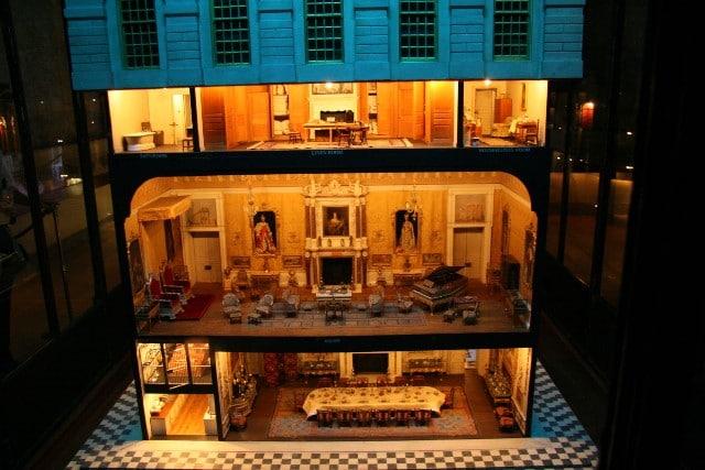 בית בובות היסטורי
