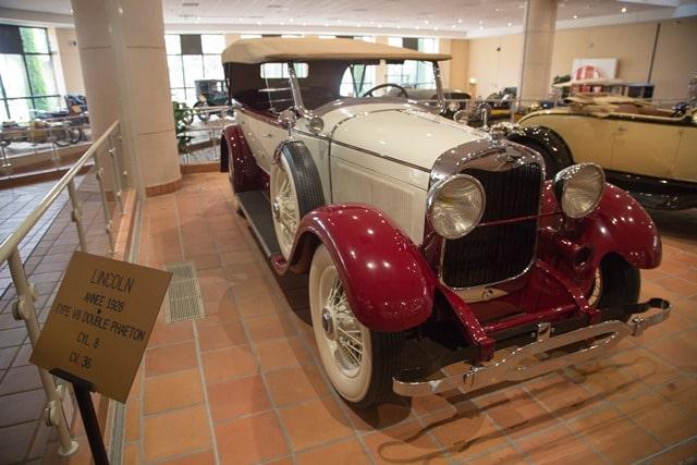 מכונית לינקולן משנת הייצור 1928 באוסף הרכבים של נסיך מונקו