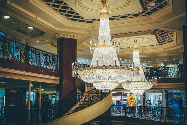 מרכז הקניות במלון מטרופול במונקו