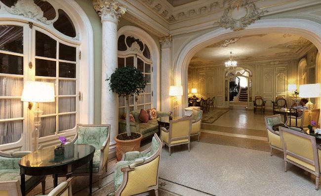 הלובי של מלון הרמיטאז'